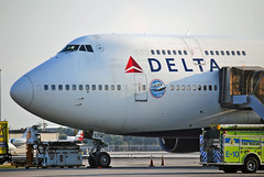 All Hail The Queen (Infinity & Beyond Photography) Tags: delta air lines airlines airliner b747 boeing 747 747400 farewell tour fort ft lauderdale nose fll sticker decal