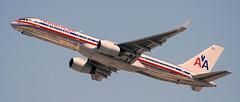 Boeing 757-223 N679AN (707-348C) Tags: losangeles thehill lax airliner jetliner boeing boeing757 b752 n679an americanairlines klax american california aal passenger