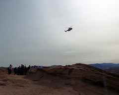 031 The Helicopter Appears (saschmitz_earthlink_net) Tags: 2018 california orienteering vasquezrocks aguadulce losangelescounty laoc losangelesorienteeringclub