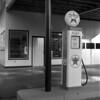 Texaco Pump (Bob Cummings) Tags: gaspump mamiya c330 tlr 6x6 bob cummings