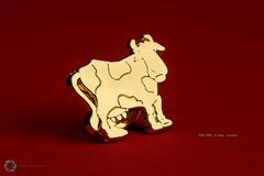 356/365 Steak School ([inFocus]) Tags: 365 3652017 project365 photoaday photooftheday macro studio focus focusstack creative creativity badge gold cow pin