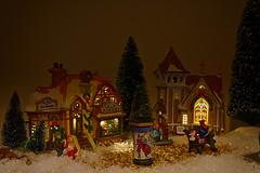 Kerstdorp HDR. (wimjee) Tags: nikond7200 nikon d7200 kerst christmas kerstdorp christmasvillage lemax afsdx18–55mmf35–5vrii hdr highdynamicrange niksoftware hdrefexpro2 facebookalbum20171223