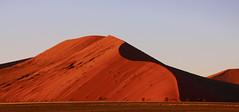 Soussusvlei-Namibia (--Dirk--) Tags: dunes düne soussusvlei namibia reddunes wüste desert