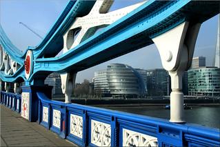 London – Tower Bridge and City Hall