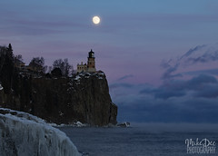 IMG_8551nxrd (4President) Tags: split rock lighthouse full moon lake superior minnesota