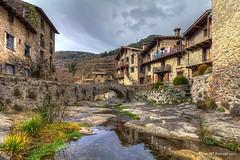 Beget (McGuiver) Tags: canon canoneos60d 1018 beget garrotxa catalunya urbana pobles towns pueblos landscape