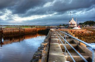 Caledonian Canal Sea Lock 16 September 2017 87.jpg