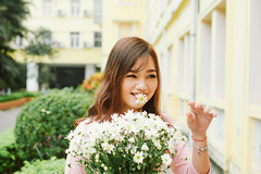 DSC_0058 (tungson.nguyen) Tags: vietnam women traditional film dress smile