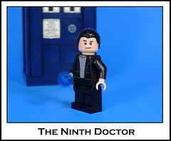 The Ninth Doctor (-Metarix-) Tags: lego doctor who ninth christopher eccleston tardis time travel 2005 sonic screwdriver custom minifig