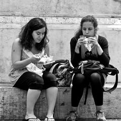 Girls eating (pedrosimoes7) Tags: gente eating comendo largocamões lisbon portugal