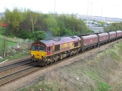 66170 (North East Rail Images) Tags: ews 66170 passing swawell junction with westbound coal working