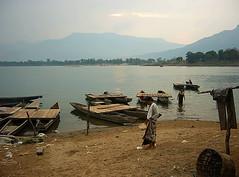 Evening Bath in the Mekong (Wolfgang Bazer) Tags: mekong southern laos southeast asia südlaos südostasien