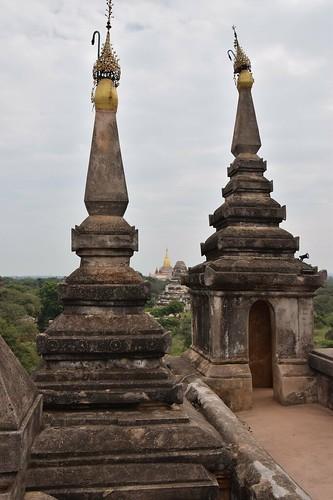 Shwegu Gyi Phaya  /Bagan, Myanmar/