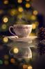 El café caliente puede ser uno de tus mejores aliados para combatir las bajas temperaturas. (JuanCarlossony) Tags: café navidad taza bokeh piña reflejo humo caliente
