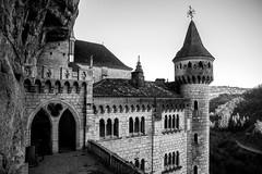 Château de Rocamadour (dprezat) Tags: rocamadour midipyrénées quercy sudouest lot 46 departementdulot france village pelerinage château castle nikond800 nikon d800 occitanie occitania nb noiretblanc bw blackandwhite monochrome