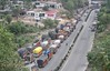 NH TRAFFIC (TheDispatch) Tags: jammu kashmir jammuandkashmir jammusrinagar highway kashmiri militancy mehbooba mufti nirmal singh chowdhary zulfkar ali