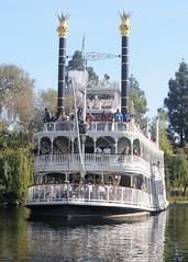 DSC_1335_Disney_MarkTwain_anaheimCA_301217 (robert_stewart37) Tags: disneyland marktwain riverboat anaheim