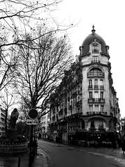 2017-12-22 (Giåm) Tags: paris boulevardraspail bvdraspail iledefrance france frankreich frankrike frankrig giåm guillaumebavière