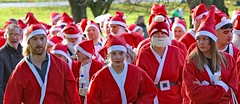 Great Skipton Santa Fun Run 2017 (grab a shot) Tags: canon eos 7dmarkii england uk northyorkshire skipton 2017 outside rotary charity santa funrun airevillepark