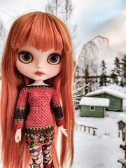 Have a wonderful Christmas day! 😘❤🎅 #blythe #customblythe #doll #customdoll #crochet #crochetdollclothes #grannysquare (Dolliina) Tags: crochet grannysquare crochetdollclothes customdoll blythe customblythe doll