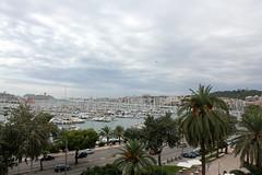 Segelhafen Palma de Mallorca (Bastian Scholt) Tags: mittelmeer mallorca balearen urlaub palma palmademallorca hafen kreuzfahrtschiffe segelboote segelyacht yacht yachthafen