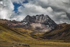 Conquista (Valter Patrial) Tags: cusco peru pe montanhas mountains mountain trekking caminhada inexplore