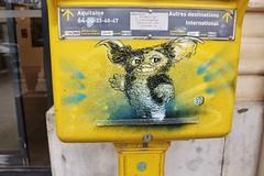 C215_2647 place Perreire Bayonne (meuh1246) Tags: streetart c215 placeperreire bayonne 64 boîteauxlettres animaux gremlins
