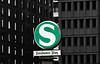 "Berlin -  ""Potsdamer Platz""  - move the city - (PHOTOGRAPHY Toporowski) Tags: germany contrast grün stadt street schärfentiefe europa city deutschland bokeh schwarz colorkey kontrast green eschweiler nrwnordrheinwestfalen deu"
