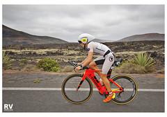 IM703_0959b (ROBERTO VILLAR -PHOTOGRAPHY-) Tags: lzphotografika rvphotografika lanzarotephotográfika canoneos60d sport triathlon mejorconunafoto photobank