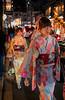 PONTO-CHÔ   先斗町 (Touristos) Tags: chidori gion japon kyoto pontocho pluvier
