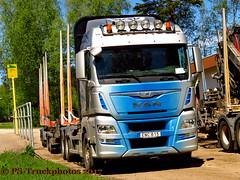 IMG_2418 PS-Truckphotos_2017 (PS-Truckphotos) Tags: timbertruck holztransport sweden schweden pstruckphotos pstruckphotos2017 pstruckfotos truckphotos truckfotos truckpics lkwfotos lkwbilder lastwagen lkw truck truckspotting sverige skanidavien scandinavia lastbil valokuvat kuormaauto lastwagenfotos truckpictures fotos bilder trucks truckshow swedenkaperz lkwfotografie