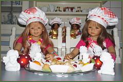 Die Plätzchen sind ganz toll geworden ... (Kindergartenkinder) Tags: kindergartenkinder annette himstedt dolls annemoni milina weihnachten advent backen plätzchen