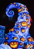 The Hills Are Alive with the Screams of Pumpkins (Matt Valeriote) Tags: disney disneyland californiaadventure neworleanssquare hauntedmansion hauntedmansionholiday darkride nightmarebeforechristmas halloween christmas timburton pumpkin scary spooky creepy jackolantern snow