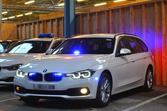 Unmarked Driver Training (S11 AUN) Tags: durham constabulary bmw 330d xdrive touring police advanced driver training drivingschool traffic car rpu roads policing unit 999 emergency vehicle