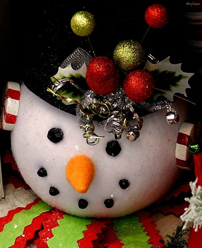 """Merry Xmas • <a style=""""font-size:0.8em;"""" href=""""http://www.flickr.com/photos/52364684@N03/25305963818/"""" target=""""_blank"""">View on Flickr</a>"""