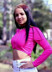 Yennie / Portrait in the Park (Alex88 - Thanks for 91 Million Views) Tags: girl portrait beauty brunette tummy belly pink