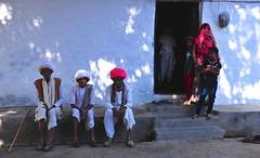 India- Rajasthan- Chanod (venturidonatella) Tags: india asia rajasthan portraits ritratti persone people colori colors nikon nikond300 d300 emozioni street streetscene streetlife ombra luce shadow light chanod
