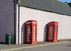 Out of order... (♥ Annieta  off/on) Tags: annieta juli 2017 sony a6000 holiday vakantie england scotland uk greatbritain allrightsreserved usingthispicturewithoutpermissionisillegal telephonebox telefooncel rood red