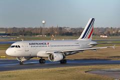 'AF59QN' (AF1165) BHX-CDG (A380spotter) Tags: departure taxiout airbus a319 100 fgrhf airfrance afr af af59qn af1165 bhxcdg twys taxiways birminghamairport birminghamairportltd egbb bhx