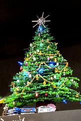2017-12-16 Happy New Year!!!! (Mary Wardell) Tags: lego christmastree green star fun justforfun toys ps