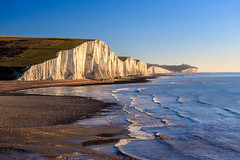 The Seven Sisters, East Sussex, England (Aethelweard) Tags: cuckmerehaven england unitedkingdom gb sussex cliffs erosion sea coast beautiful beach efs18135mmf3556isstm canon nature landscape photography landscapephotography naturephotography