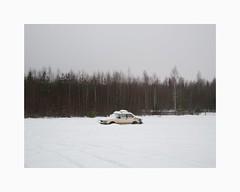 Bergvik 2017 (Karl Gunnarsson) Tags: g80 panasonic20mmf17 bergvik söderhamn hälsingland gävleborgslän saab saab99 beige forest trees woods winter snow abandoned derelict car
