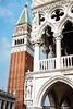 Venedig_2017_9 (ichbinsEvi) Tags: venedig venezia italien italy marktplatz kirchturm church campanile history fujifilm