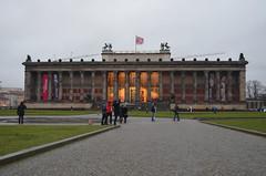 Museum (Andmtorres) Tags: berlim berlin alemanha alemania germany deutschland downtown museum museo mitte aves tarde invierno