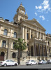 City Hall, Cape Town, South Africa (JH_1982) Tags: cityhall city hall townhall town rathaus ayuntamiento hôtel de ville municipio 地方政府大樓 役所 지방 관청 ратуша architecture architektur tower edwardian grand parade victorian historic landmark building urban urbanity center centre cbd cape kaapstad kapstadt cabo ciudad ikapa città capo 開普敦 ケープタウン 케이프타운 кейптаун كيب تاون africa rsa za südafrika sudáfrica afrique sud sudafrica 南非 南アフリカ共和国 남아프리카 공화국 южноафриканская республика جنوب أفريقيا パノラマ 파노라마 панорама