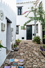 Castellar-5 (moligardf) Tags: callejas calle castillo artesanos ceramista rincón artesano exposición