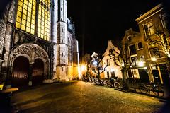Leiden - Kerst - 11 (coopertje) Tags: leiden holland nederland thenetherlands paysbas zuidholland kerst christmas evening architecture lights weihnachtsmarkt xmas hooglandsekerk church