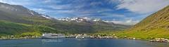 Seyðisfjörður - Hafen Panorama (Montage aus 4 Fotos) (kh goldphoto) Tags: iceland island seyðisfjörður smyrilline ferry hafen port fjord arcticocean seydisfjodur fähre kleinstadt trapped