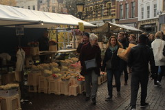 Utrecht, Netherlands (katelyn krulek) Tags: travel traveling travelling travels europetravel study abroad flickr exploring explore exploremore utrecht netherlands netherlandstravel utrechtnetherlands city urbanexploring urban flowers market saturday people crowd walking public dutch
