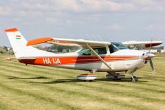 HA-IJA (Oláh Ferenc) Tags: cessna 172 legendák levegőben hajdúszoboszló aviation aircraft repülőgép repülőtér repülő reptér lhho hungary magyarország